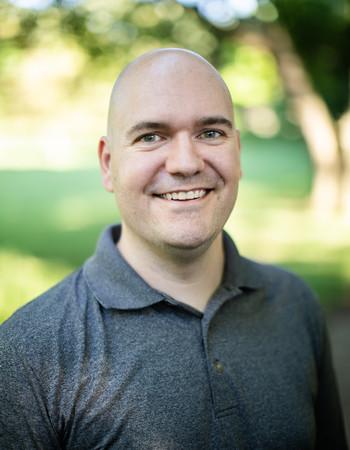 Brian Niedzwiecki, a testicular cancer survivor