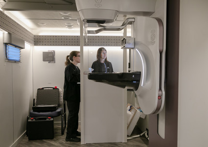 Methodist Mobile 3D Mammography coach staff