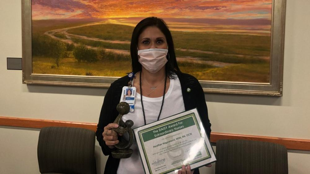 Image for post: 'Nobody That Deserves it More': Methodist Surgical Oncology Nurse Recognized With The DAISY Award