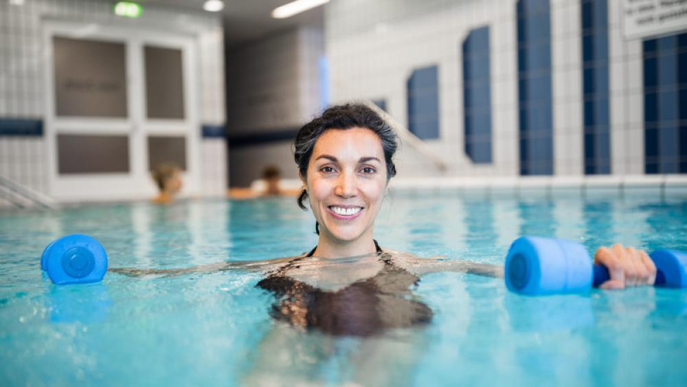 Image for post: 5 Simple Exercises for a Great Pool Workout