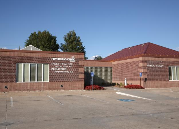 Exterior of Methodist Physicians Clinic, MPC South Omaha in Omaha, Nebraska